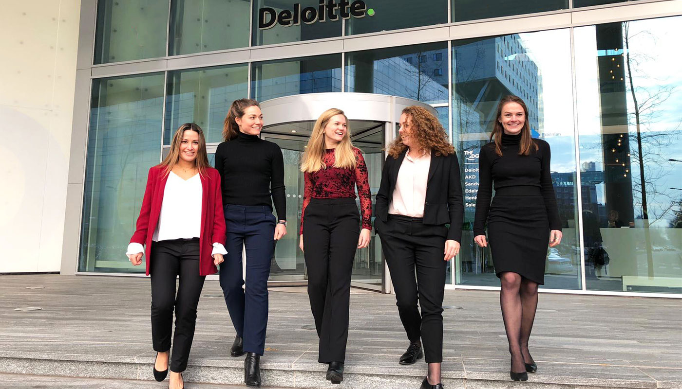 Why you should experience the life of an M&A consultant at Deloitte